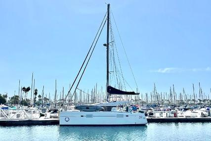 Lagoon 390 for sale in United States of America for $325,000 (£235,277)