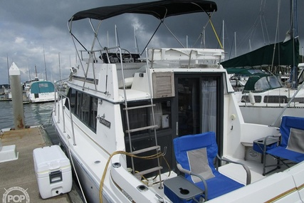 Carver Yachts 2827 Voyager for sale in United States of America for $12,100 (£8,776)