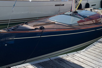 Latitude 46 for sale in France for €80,000 (£67,514)