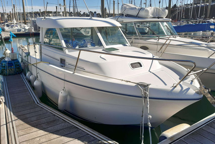 Beneteau Antares 710 for sale in France for €22,500 (£18,969)