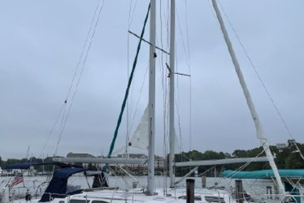 Catalina 387 for sale in United States of America for $119,000 (£86,313)