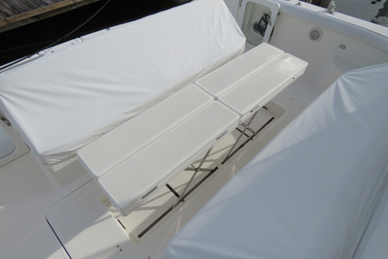 Tiara 5200 Express - 3 Stateroom for sale in United States of America for $445,000 (£322,765)