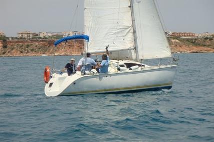 Jeanneau Sun Way 25 for sale in Spain for €13,500 (£11,395)