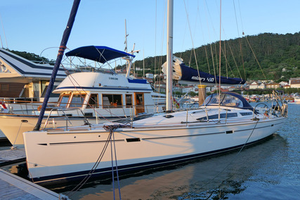 Elan 450 for sale in Spain for €229,000 (£192,704)