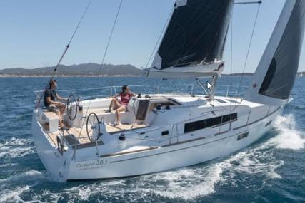 Beneteau Oceanis 38 for sale in Italy for €125,000 (£105,598)