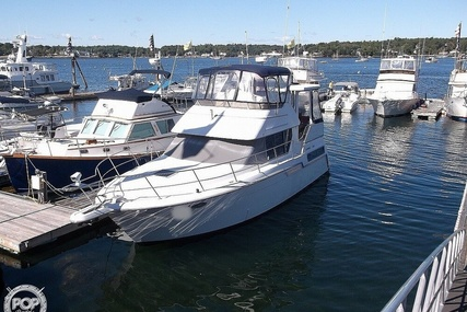 Carver Yachts 355 for sale in United States of America for $54,900 (£39,820)