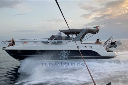 Manò Marine 32.50 for sale in Italy for €78,000 (£65,761)