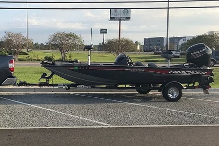 Tracker 18 for sale in United States of America for $16,750 (£12,149)