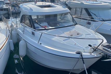 Beneteau Antares 8 OB for sale in France for €74,900 (£63,254)