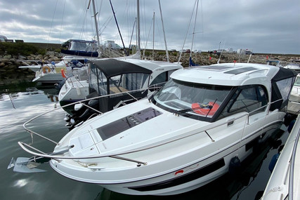 Beneteau Antares 9 for sale in France for €110,000 (£92,896)