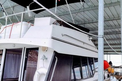 Silverton Convertible 34 for sale in United States of America for $38,900 (£28,295)