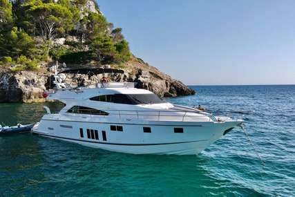 Fairline Squadron 65 (with new Seakeeper Gyro) for sale in France for £1,099,950