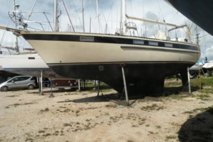 Corbin 39 for sale in Portugal for €47,000 (£41,450)