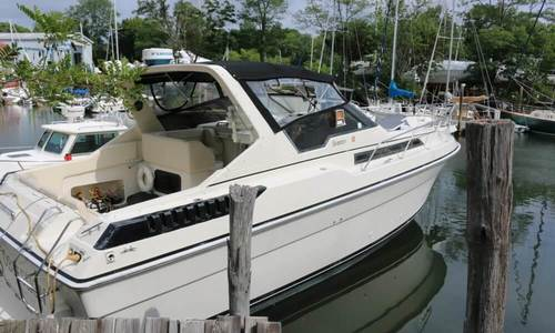 Image of Silverton 34 Express for sale in United States of America for $14,900 (£11,907) Mattituck, New York, United States of America