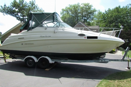 Rinker Fiesta Vee 266 for sale in United States of America for $16,000 (£11,300)