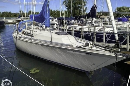 C & C Yachts Landfall 38 Sloop for sale in United States of America for 38.000 $ (27.053 £)
