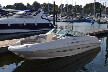Sea Ray 220 Sundeck for sale in United Kingdom for £23,950
