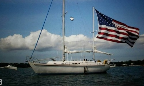 Image of Irwin Yachts 37 for sale in United States of America for $15,000 (£11,377) Riverhead, New York, United States of America