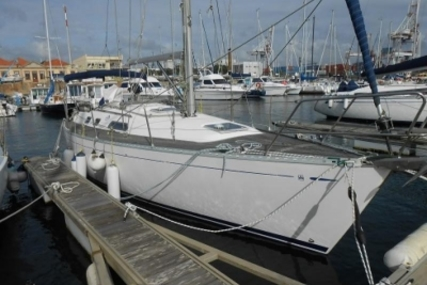 Dufour 35 CLASSIC SHALLOW DRAFT for sale in Portugal for €54,000 (£47,541)