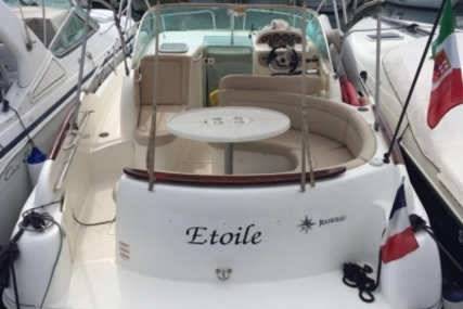 Jeanneau Leader 805 for sale in France for €45,000 (£40,032)