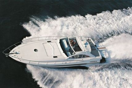 Pershing 54 for sale in Spain for €395,000 (£352,100)