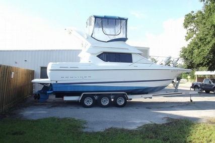 Bayliner 288 Command Bridge Cruiser for sale in United States of America for $48,000 (£36,408)