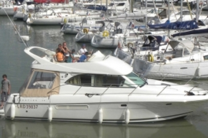 Prestige 36 for sale in France for €129,000 (£113,050)