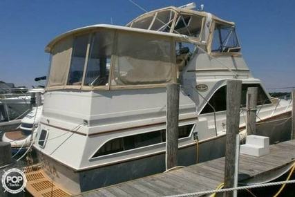Ocean Yachts 46 Sunliner for sale in United States of America for $120,000 (£91,064)