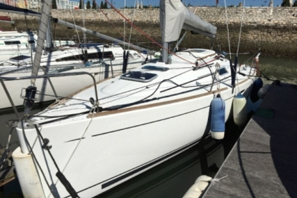 Beneteau First 25.7 Lifting Keel for sale in Portugal for €30,000 (£26,457)