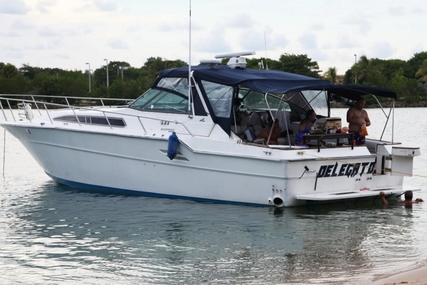 Sea Ray 460 Express Cruiser for sale in United States of America for $45,000 (£34,102)
