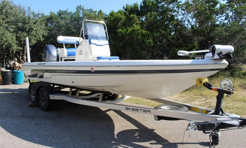 Image of Skeeter SX220 for sale in United States of America for $45,900 (£34,134) Lakehills, Texas, United States of America