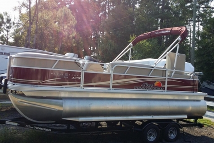Sun Tracker Party Barge 22 XP3 for sale in United States of America for $23,900 (£18,044)
