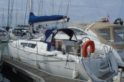 Jeanneau Sun Odyssey 33i for sale in France for €59,000 (£52,673)