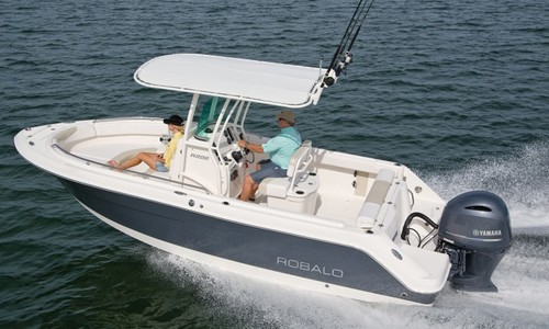 Image of Robalo Centre console R222 for sale in United Kingdom for £61,350 United Kingdom