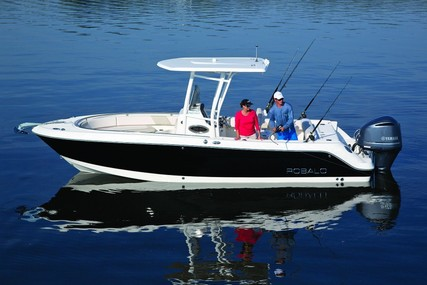 Robalo Centre console R242 for sale in United Kingdom for £86,630