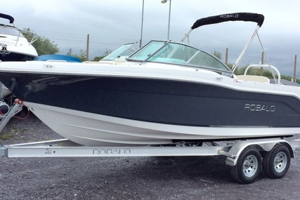 Robalo Dual console R207 for sale in United Kingdom for £43,995