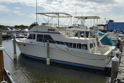 Chris-Craft 380 Corinthian for sale in United States of America for $25,900 (£20,282)