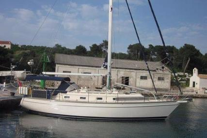 Island Packet 380 for sale in Greece for £104,950