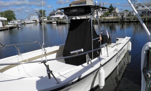 Image of Parker Marine 2501 CC for sale in United States of America for $29,995 (£22,751) Manahawkin, New Jersey, United States of America