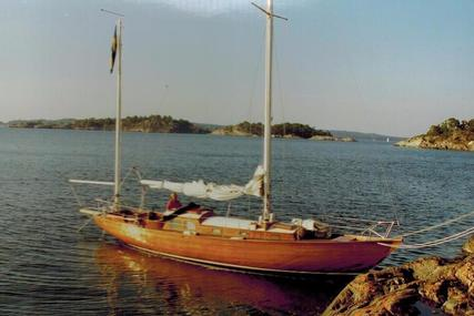 Classic Gustav Pym Bermudan Yawl for sale in Sweden for £20,000