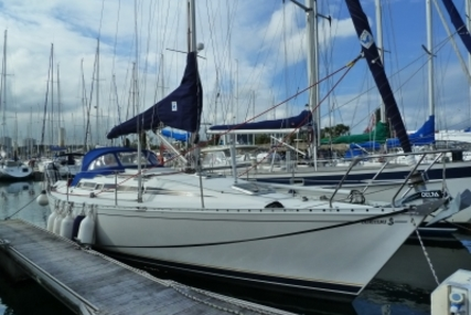 Beneteau First 375 for sale in France for €55,000 (£49,062)