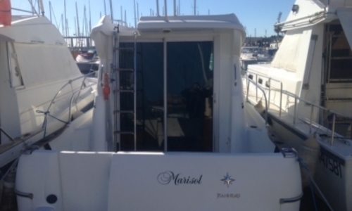 Image of Jeanneau Merry Fisher 805 for sale in France for €33,500 (£29,879) MARTIGUES, France