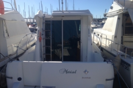 Jeanneau Merry Fisher 805 for sale in France for €33,500 (£29,883)
