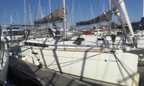 Image of Jeanneau Sun Odyssey 379 for sale in France for €126,000 (£110,364) SAINT QUAY PORTRIEUX, France