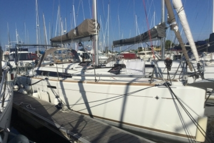 Jeanneau Sun Odyssey 379 for sale in France for €138,500 (£124,126)