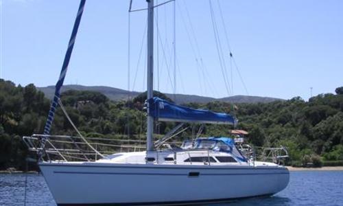 Image of Catalina 320 for sale in Malta for €44,000 (£39,099) St Julians, Malta