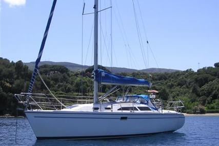 Catalina 320 for sale in Malta for €44,000 (£39,321)