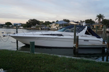 Sea Ray 420 Sundancer for sale in United States of America for $54,500 (£39,645)