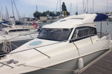 Quicksilver 640 Weekend Sundeck for sale in France for €22,700 (£20,076)