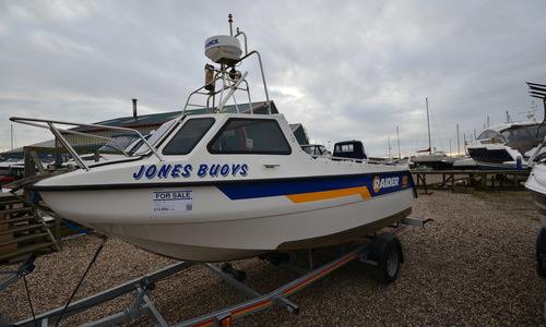 Image of Raider 18 for sale in United Kingdom for £10,500 Boats.co. HQ, Essex Marina, United Kingdom